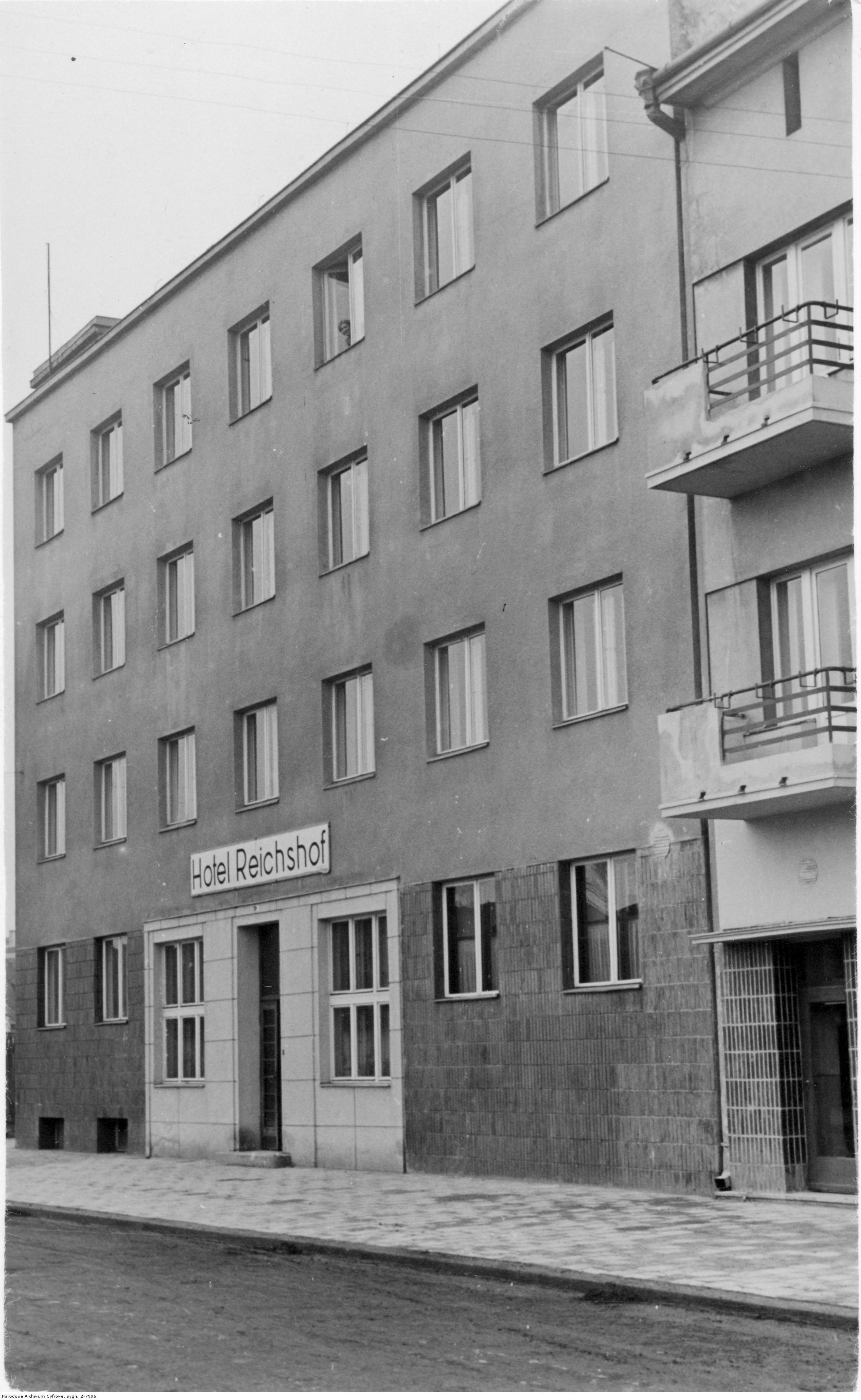 Hotel Reichshof w Rzeszowie, widok zewnetrzny, rok 1940-11