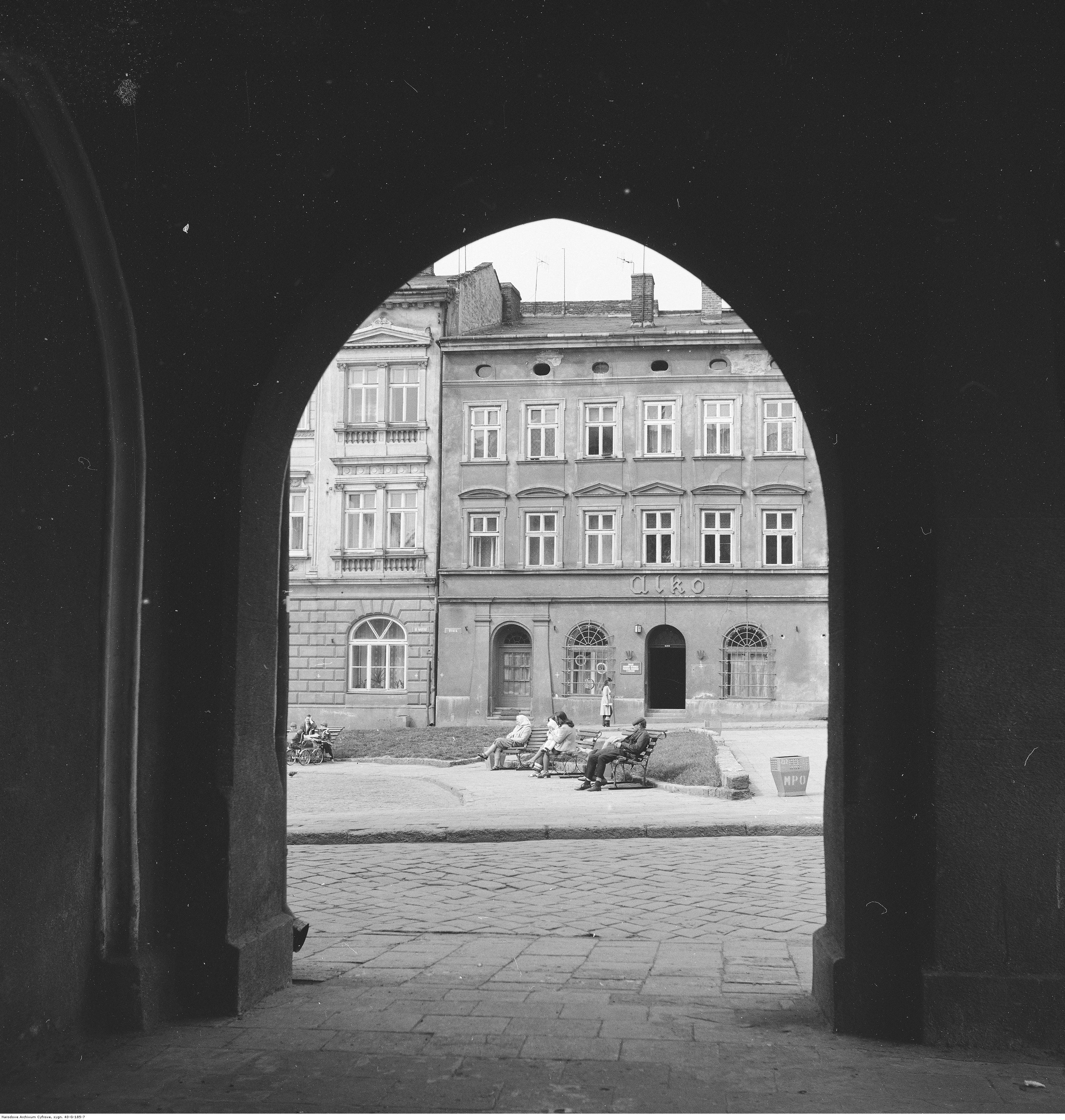 Kamienice na Starym Mieście, rok 1974-05-12